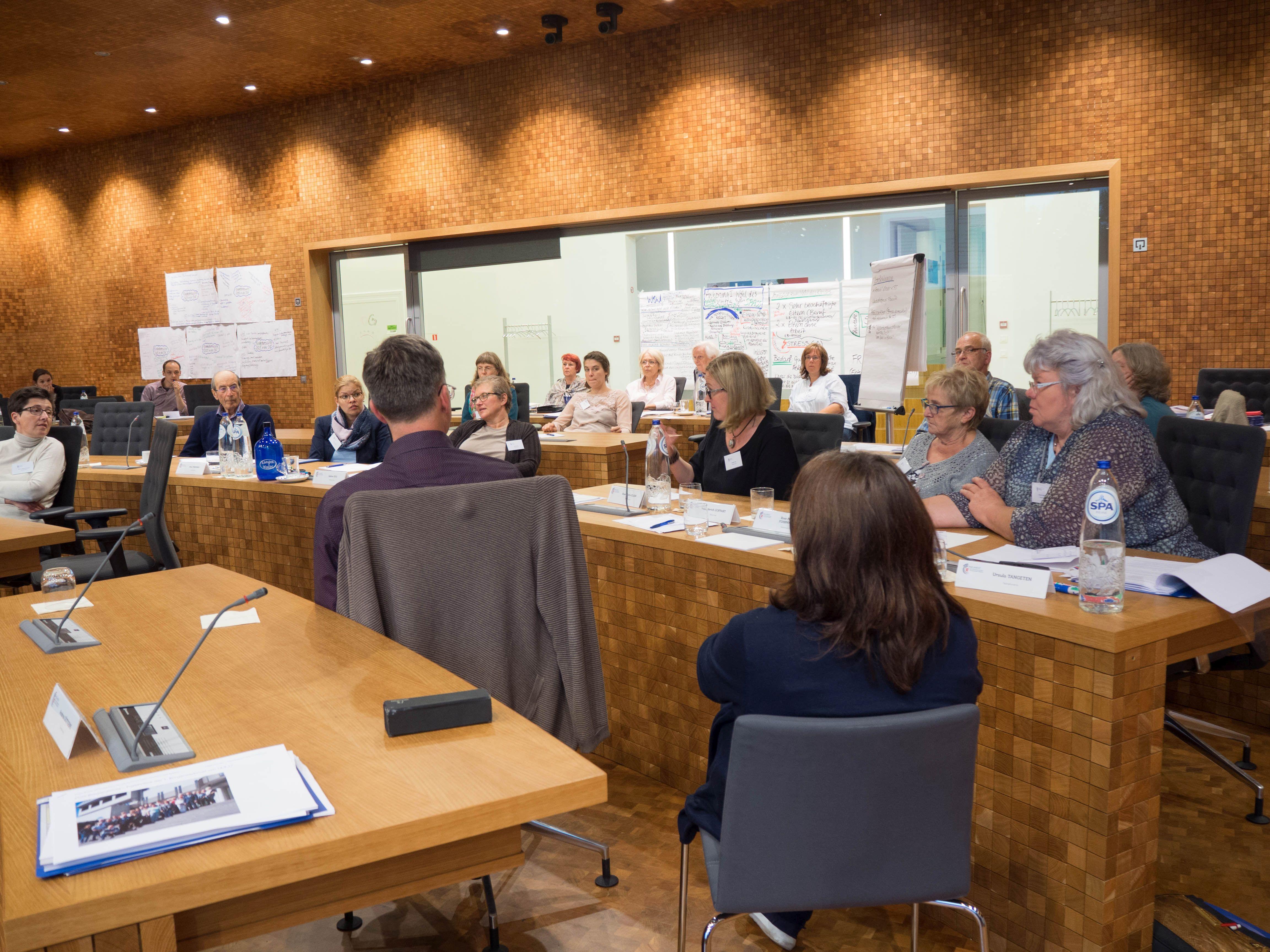 Demokratie aktiv mitgestalten - Bürger setzen sich für ihre Themen ein